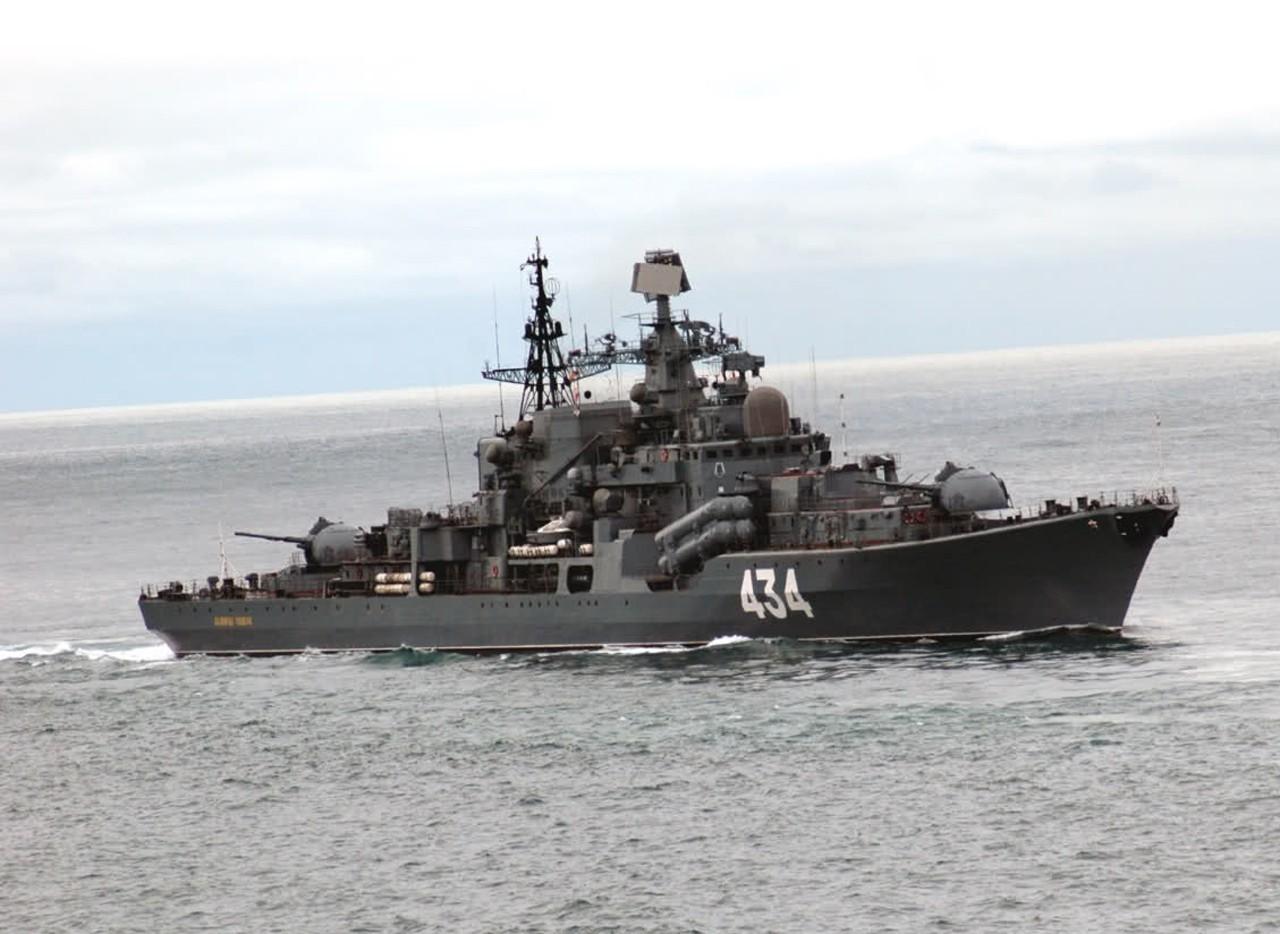 ЭМ Адмирал Ушаков