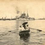 Тед и Элеонора Прей направляются в гости на один из крейсеров Сибирской флотилии.