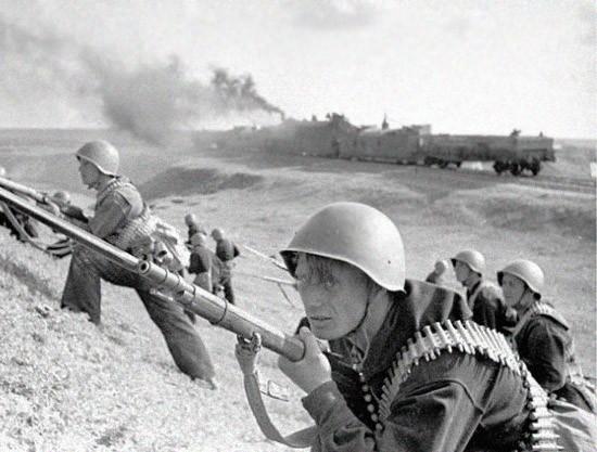 Наступление советских войск и Черноморского флота на Северном Кавказе в январе - феврале 1943 года