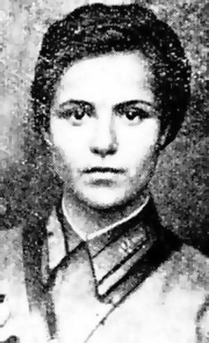 Анеля Тадеушевна Кживонь (1925 - 1943 гг.).