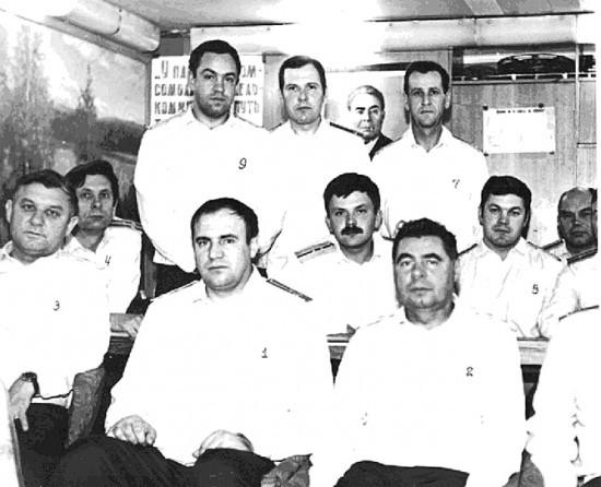 В кают-компании РП КСН проекта 667БДРМ, идущего подо льдами Северного Ледовитого океана. Сентябрь 1981 г.