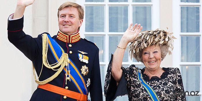 Королева Нидерландов передала престол сыну