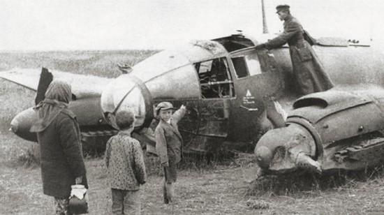 Сбитый Хе-111. Курская область, 1943 г.