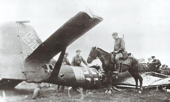 Сбитый Ю-87 возле Курска 1943 г.