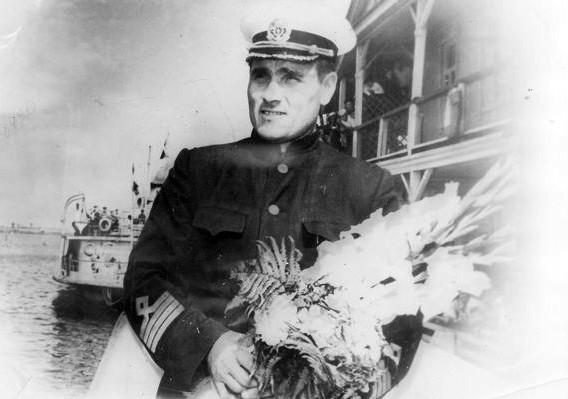 Капитан речного флота Михаил Девятаев