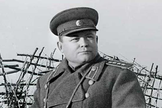 Командующий Воронежским фронтом Николай Федорович Ватутин.