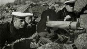 Моряки пограничного отряда,старшина 2-й ст. В.Г.Еремеев,старшина 1-й статьи Н.В.Коробков и старшина 2-й ст.Н.Д.Карнаухов. Северо-Западная граница СССР,июль 1941 года.
