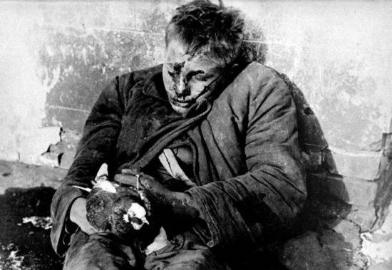 Этот страшный снимок стал обвинительным документом на Нюрнбергском процессе. Фото: Макс Альперт