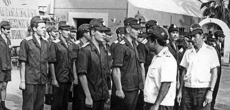 Советские моряки на базе ВМФ в Луанде