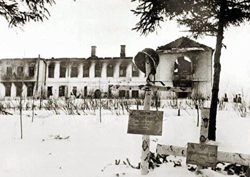 Музей Л.Н.Толстого, сожженый немецкими аккупантами