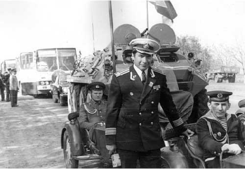 Перед погрузкой на бронетранспортёры. Дорога на Одессу, сентябрь 1977 года.