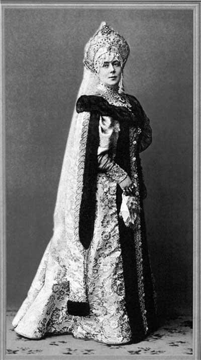 Капитолина Николаевна Макарова на костюмированном балу в Зимнем Дворце 11 февраля 1903 г.