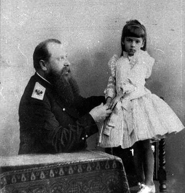 С.О. Макаров с дочерью