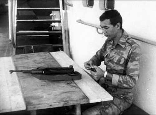 Старший лейтенант Владимир Овсянников. Луанда. 1987