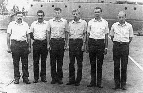 Советские специалисты по противодиверсионной обороне кораблей в Анголе