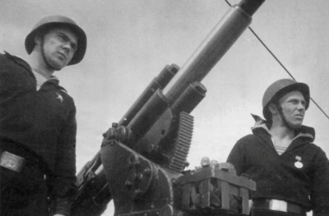 Артиллеристы подводной лодки «Щ-304»