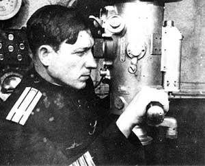 Командир С-104 военных лет – Тураев