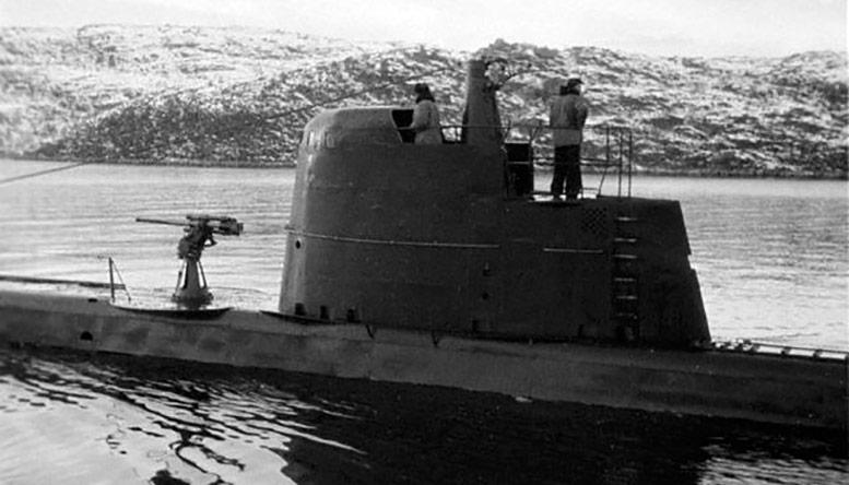 """Челябинский комсомолец"""" В Кольском заливе, 1943г. Фото Ковригина"""