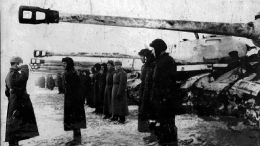 Советские танкисты перед наступлением. Январь 1945 г.