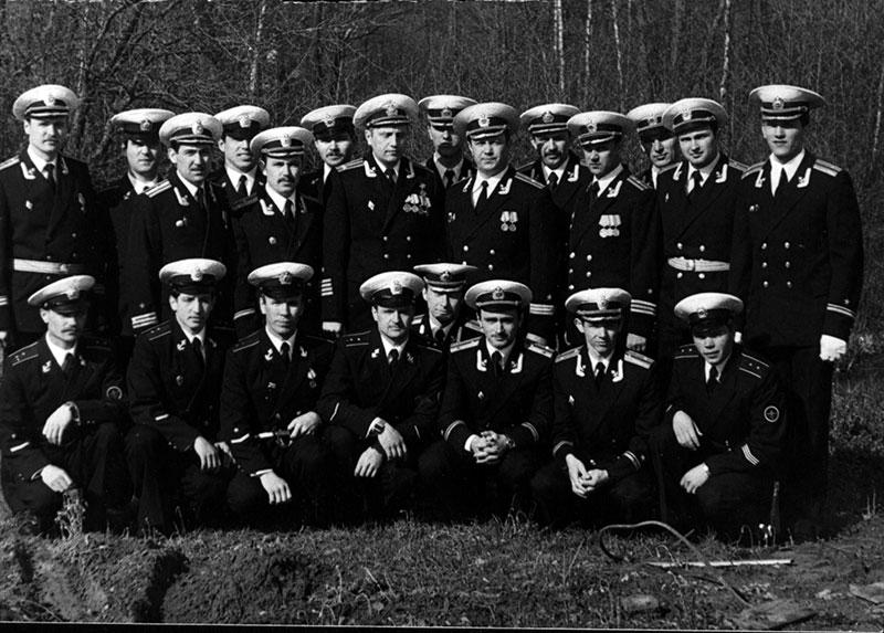 Экипаж в учебном центре. 9 мая 1982 г.