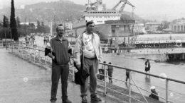 Военные писатели на набережной Ялты, июнь 1991 г.