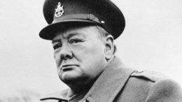 Премьер-министр Англии Уинстон Черчилль
