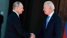 После рандеву Путина и Байдена жизнь вернулась в прежнее русло.